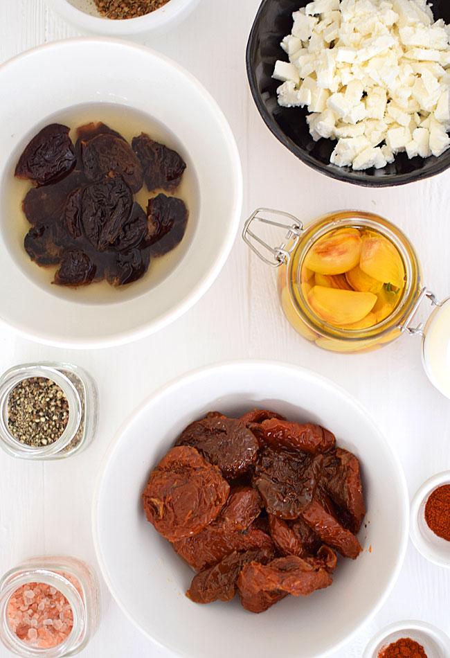 Przepis Na Pasta Z Suszonych Pomidorow I Sliwek Na Podstawie