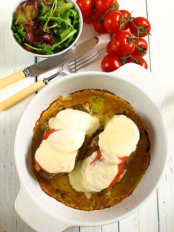 Przepis Na Pieczone Piersi Kurczaka Z Pesto Pomidorami I Mozarella