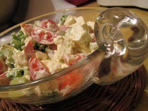 Przepis Na Salatka Z Brokulow Z Pomidorami I Feta Mniammniam Com