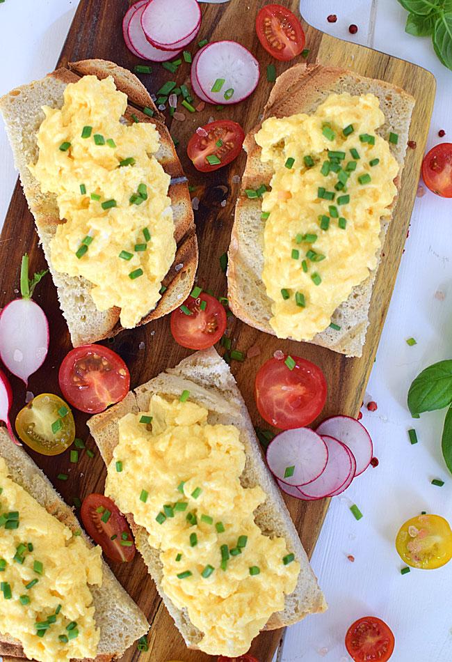 Jajecznica na śniadanie :)